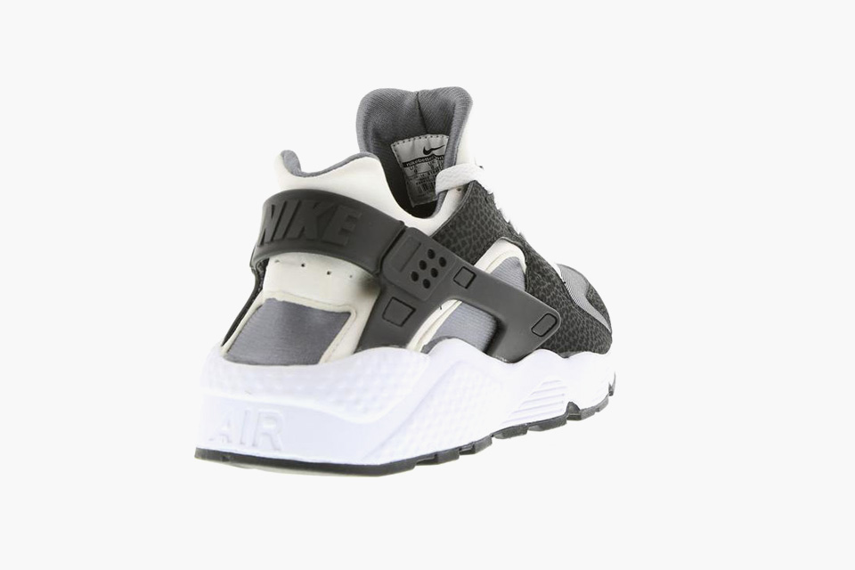 big sale ab83c 498e5 Keep a look out at various Nike stockist around or just get these Air  Huarache s here.