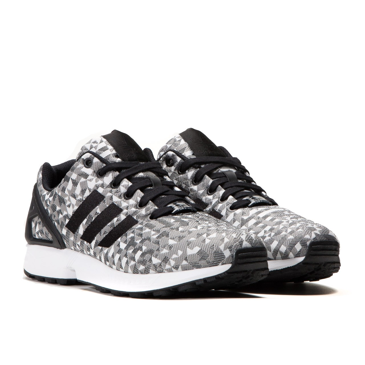 adidas Originals ZX Flux Weave Grey Prism retails for €89.90 (approximately  RM350) via Allike Store.