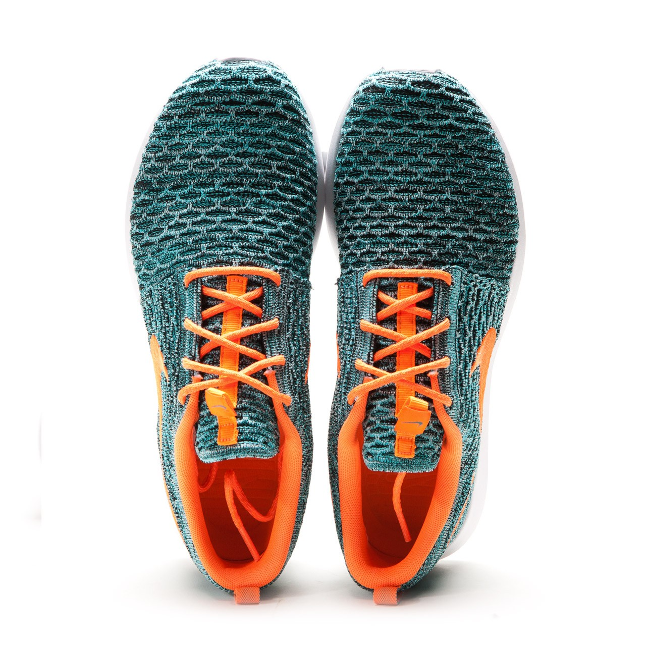 bc9916f67062 The Nike Roshe Flyknit Run Total Orange Hyper Jade retails at €129.90  (approx. RM520) and is available via Allike.