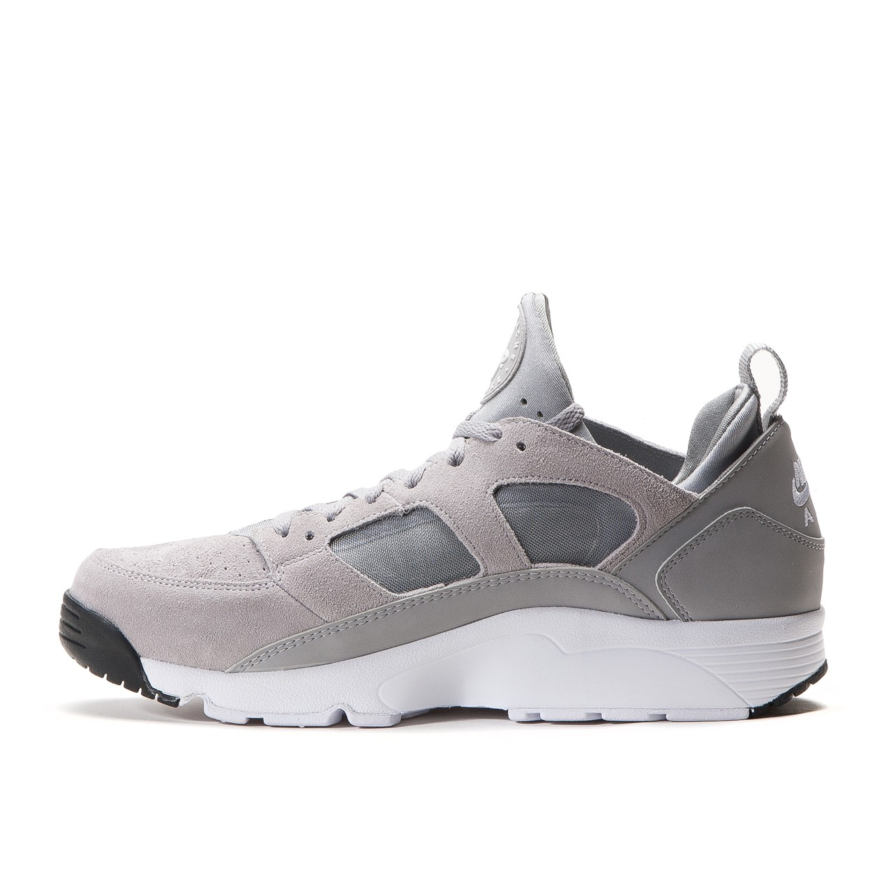 best loved df5b9 1694b Nike Air Trainer Huarache Low Wolf Grey retails at €119.90 (approximately  RM587.50) via Allike Store.