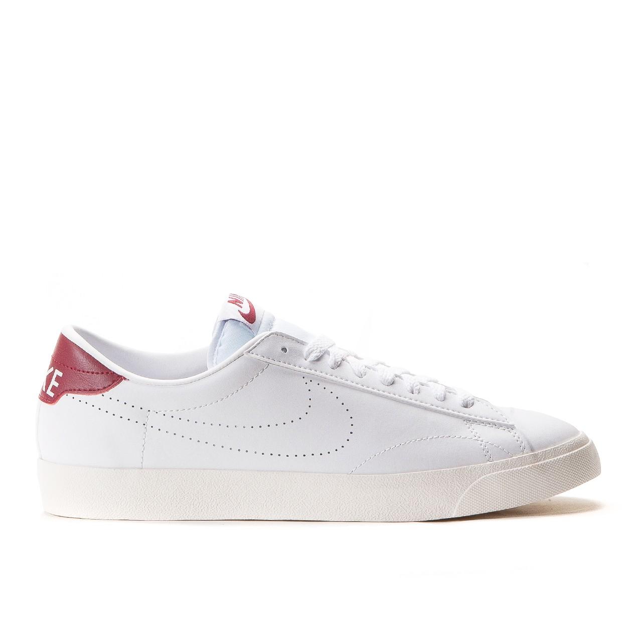 lowest price 1af77 2b1b3 Nike Tennis Classic AC (White Chianti)