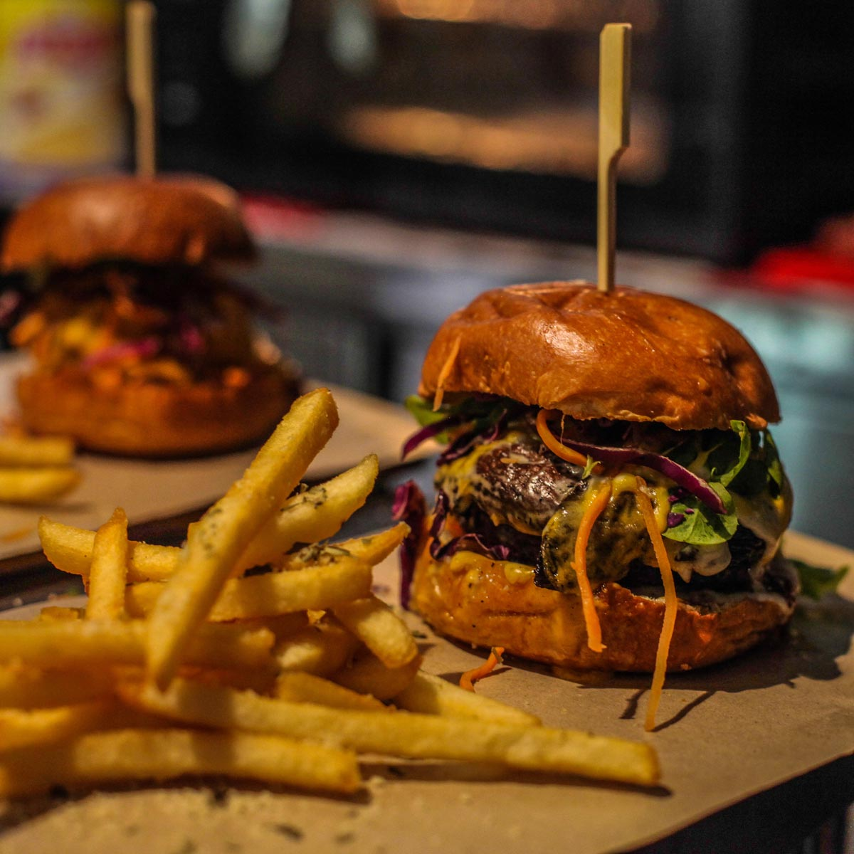 The-Black-Hole-Group_Classic-Burger