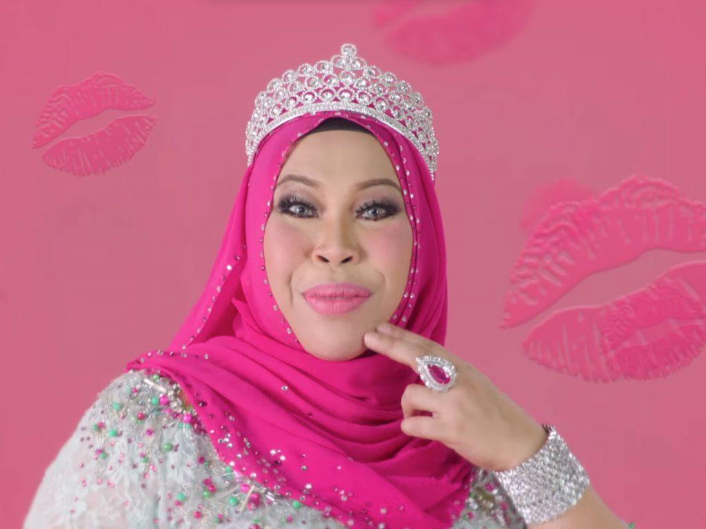 Datuk Seri Vida Is The Personification Of A Typical Boujee Mak Cik